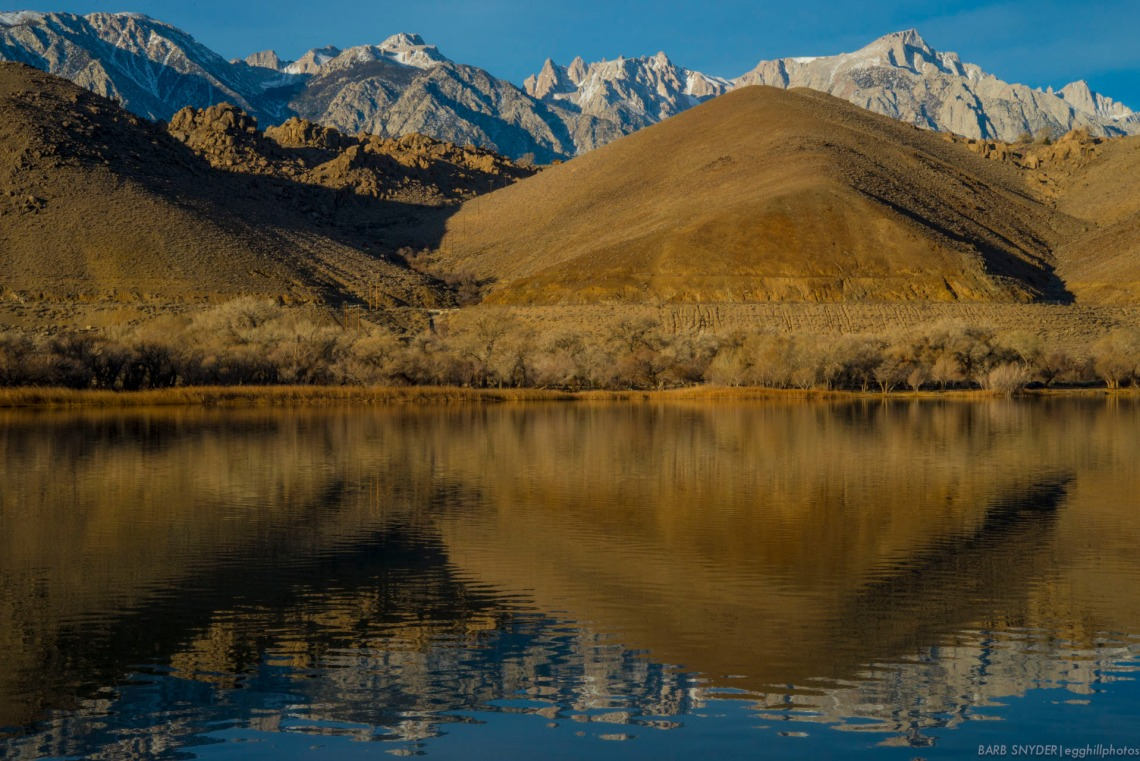 Diaz Lake and the Alabama Hills. There were fisherman across the lake to the right of the photo.